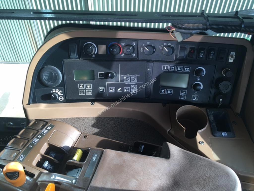 John-Deere-7930-Tractor_37322380