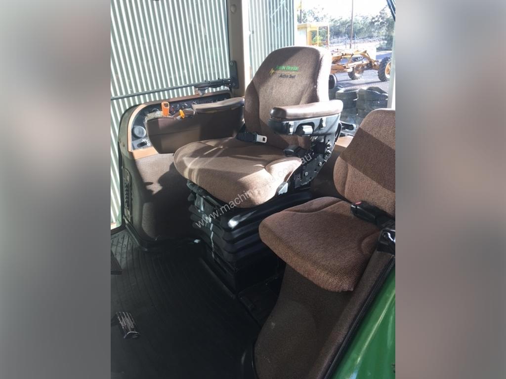 John-Deere-7930-Tractor_37322381